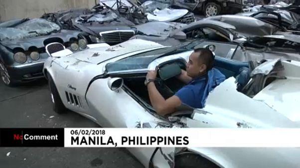 Csempészett luxusautókat zúztak be
