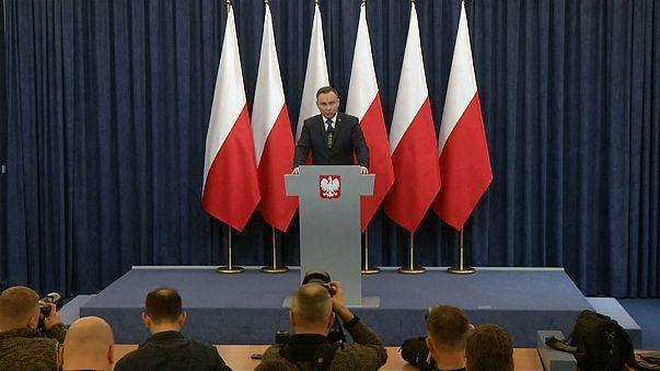 Varşova'da Nazi tartışması: 'Polonya ölüm kampı' demek yasak
