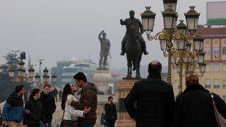 Κατήργησε το «Μ. Αλέξανδρος» από δρόμους και αεροδρόμια η σκοπιανή κυβέρνηση