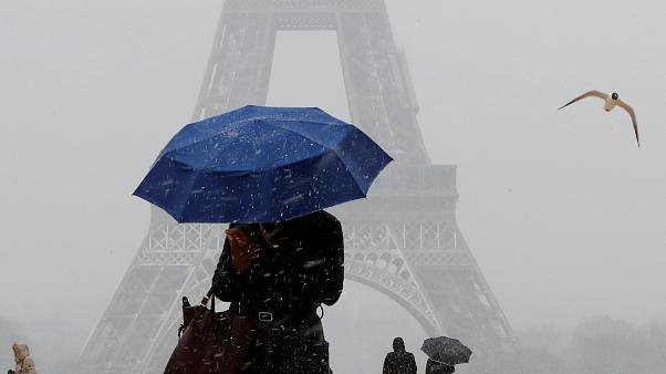 Schnee in Paris