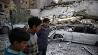 Zahlreiche Tote bei Luftangriffen in Syrien: UN-Vertreter fordern Kampfpause