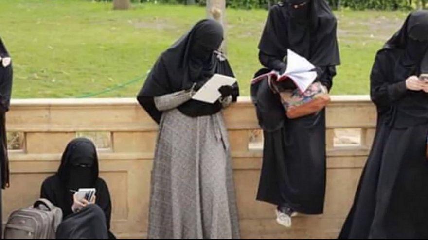 الدنمارك تقترح حظر النقاب