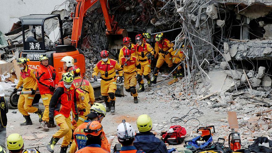 Taïwan : les secours entravés par les répliques