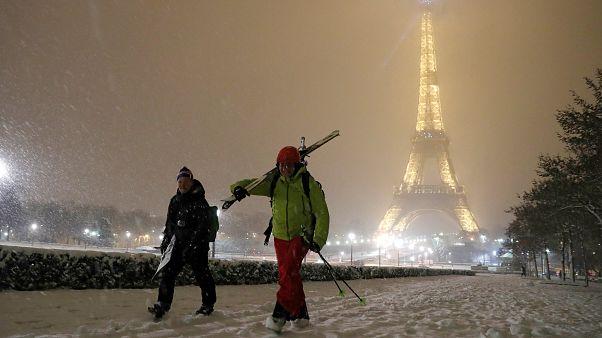Caos en París debido a la nieve