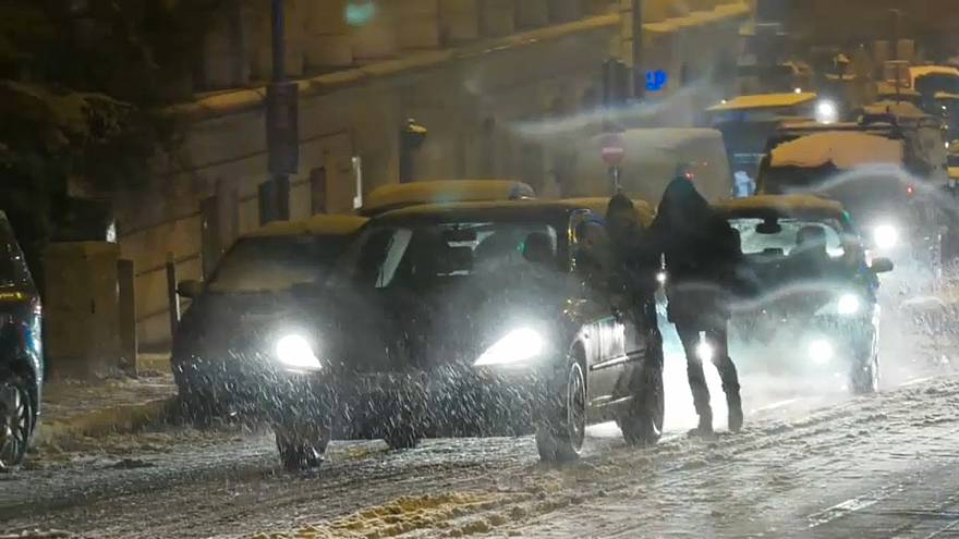 Eine riesige Eislaufbahn: Rien ne va plus... in Paris