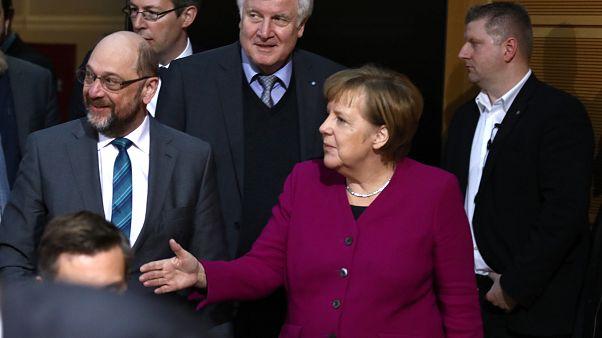 La canciller alemana Angela Merkel y el líder del SPD Martin Schulz