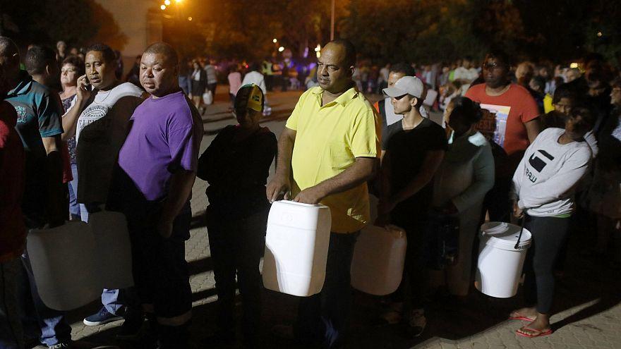 Очереди за водой в Кейптауне