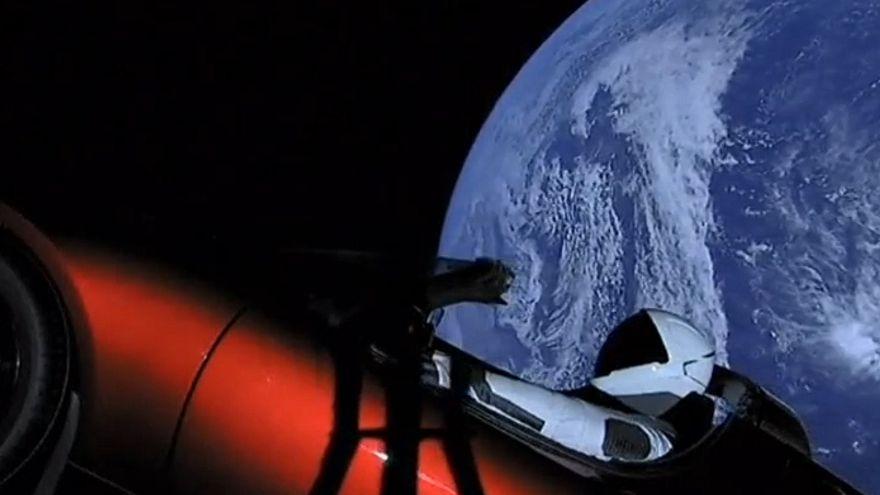 [In voller Länge] SpaceX schießt mit Falcon Heavy Eletrokauto ins All