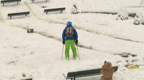 التزلج على الثلوج في العاصمة باريس