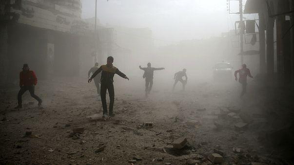 Oxfam: Binlerce sivil Türkiye-Suriye sınırında mahsur kaldı