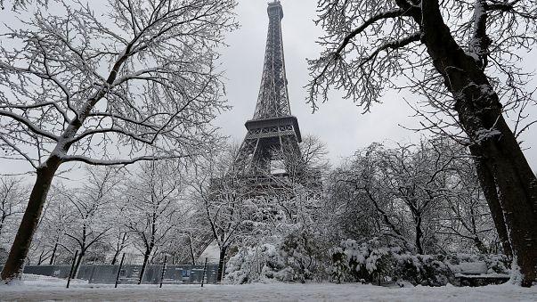 موجة برد شديدة تجتاح باريس وضواحيها