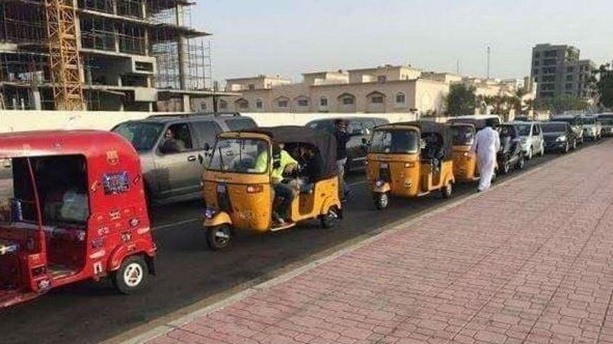 ظهور التوك توك بشوارع جدة يثير غضب المواطنين وإدارة المرور تؤكد مصادرته