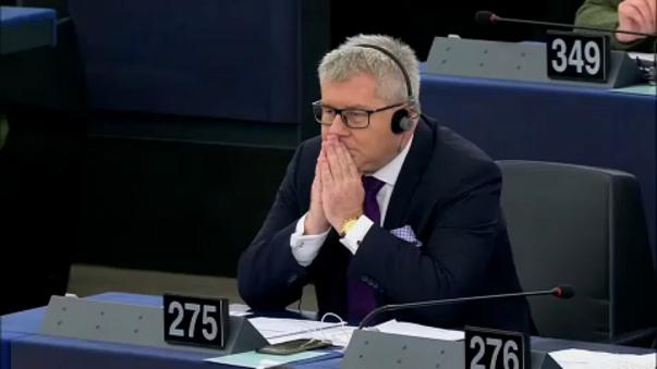 European Parliament axes vice president over Nazi jibe
