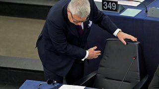 Polnischer EU-Parlaments-Vize nach Nazi-Vergleich abgewählt