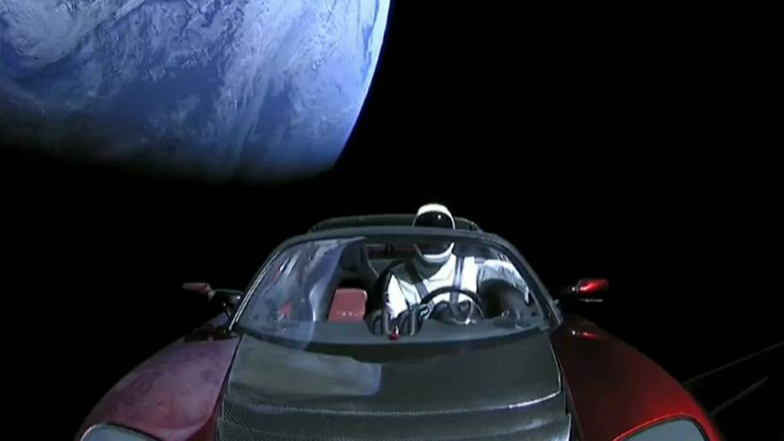 Starman dans l'espace