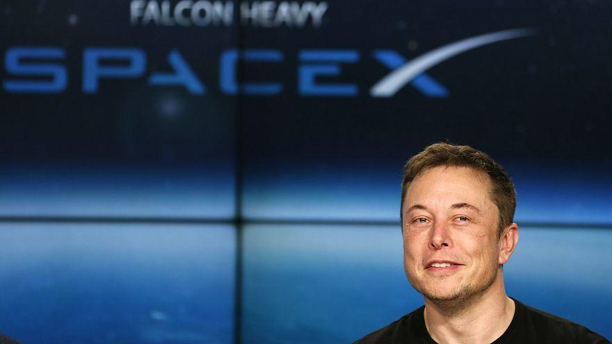 """Musk: o visionário que quer pôr """"Vida em Marte"""""""