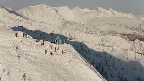 شاهد: بطولة العالم للتزلج الحر على الجليد في كندا