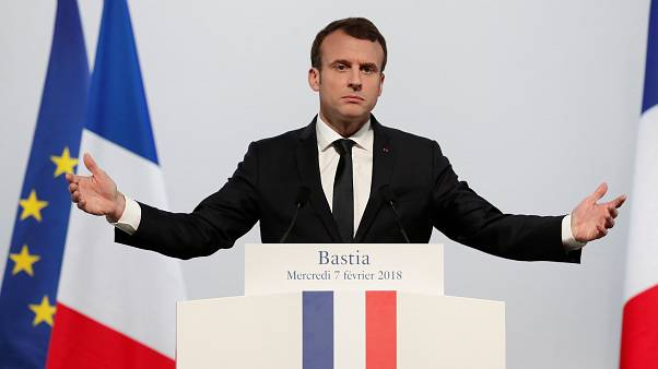 Macron: Língua corsa não terá estatuto oficial