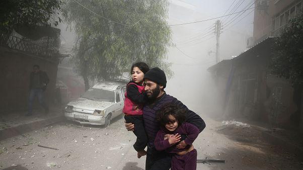 Várias crianças entre os mortos nos últimos bombardeamentos