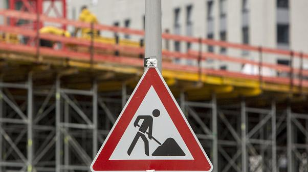 Építkezési területet jelző tábla Berlinben 2017. november 2-án.