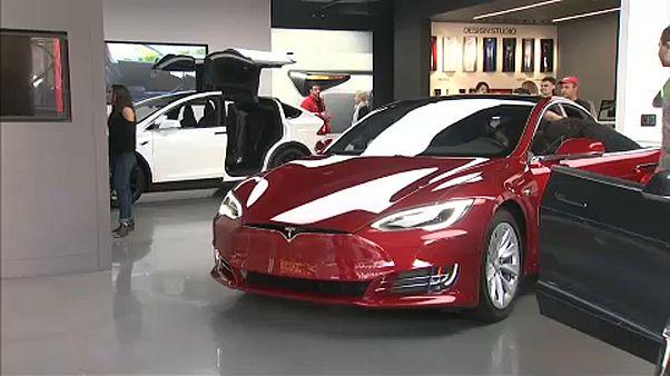 Tesla: negyedéves rekordveszteség