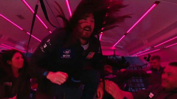 """""""Zero Gravity""""-Nachtclub: 4 Stunden schwerelos Abtanzen über den Wolken [VIDEO]"""