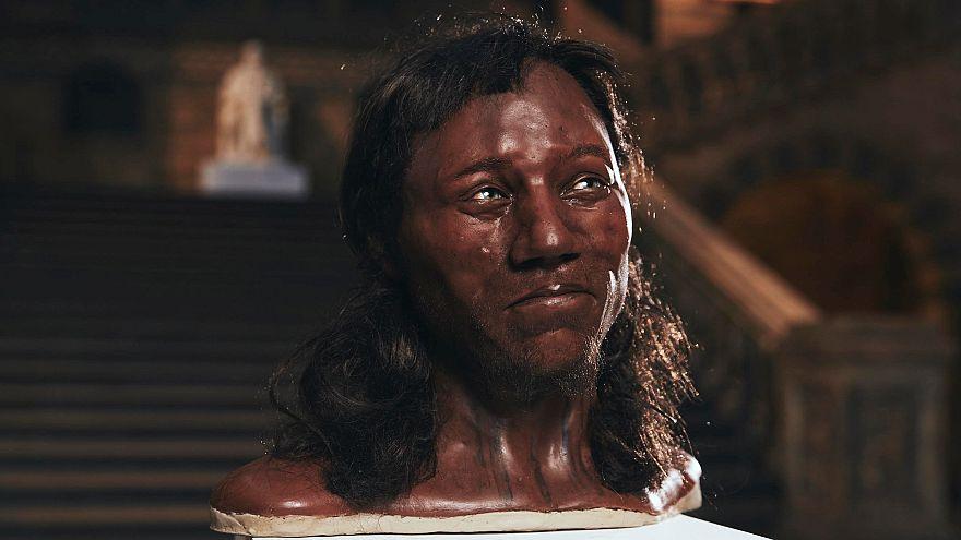"""El """"primer británico"""" demuestra que la piel blanca es un fenómeno moderno"""