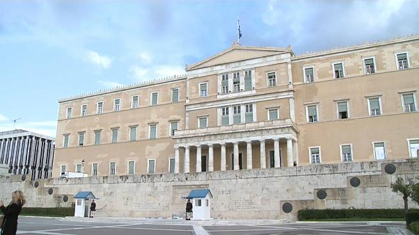 Греция разместит 7-летние гособлигации