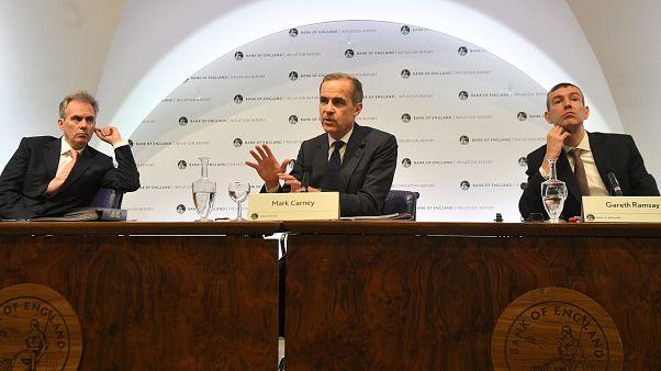 Τράπεζα της Αγγλίας: Ορατό το ενδεχόμενο αύξησης επιτοκίων