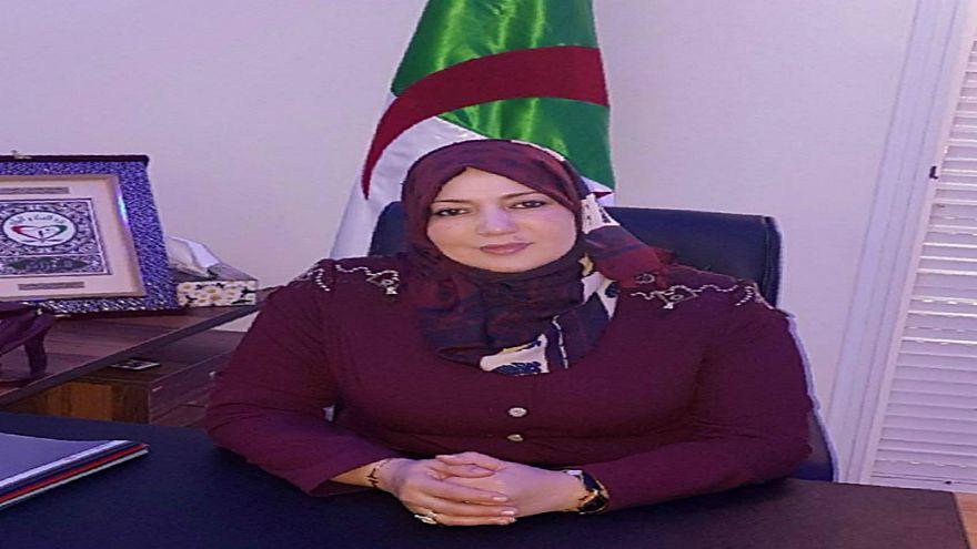 نائبة جزائرية توضح حقيقة تصريحات أطلقتها بشأن تهديد إبنتها بالقتل إذا تحدثت الأمازيغية