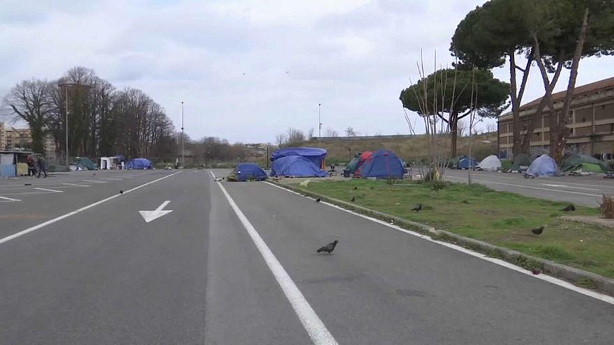 """msf: Italia, 10.000 migranti """"non accolti"""""""