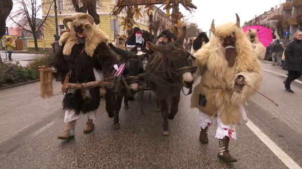 Busojaras: Mohaç'ta Türkleri 'korkutan' köylülerin festivali