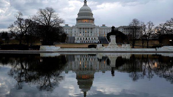 ΗΠΑ: Άρση του «λουκέτου» στις ομοσπονδιακές υπηρεσίες