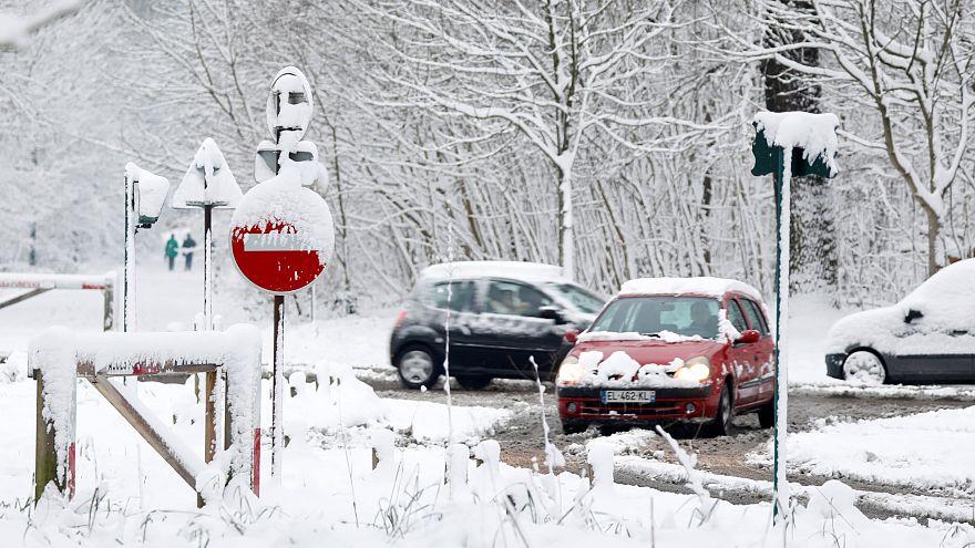 En Canadá se mueren de risa por las nevadas en Europa