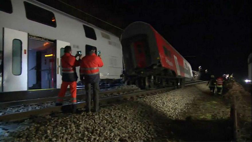جنون السيلفي يودي بحياة شابة حاولت التقاط صورة مع قطار!