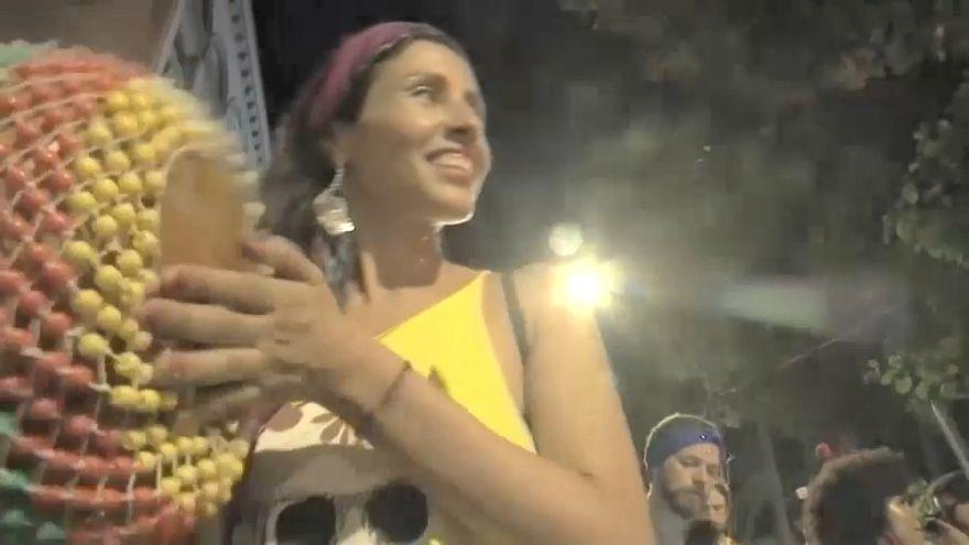 Sambódromo perde terreno para o Carnaval de rua