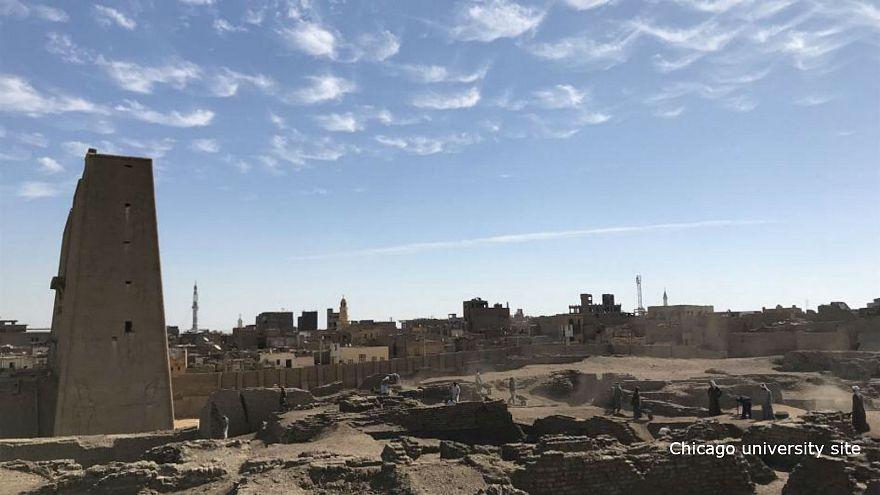 إندبندنت: اكتشاف مصنع للبيرة أقامه الفراعنة قبل 4 آلاف عام