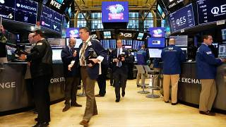 Wall Street continue dans le rouge