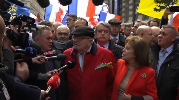 Le Pen, vendetta a metà per il fondatore del Front National