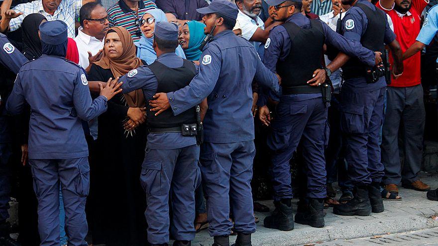 Malediven: Ausnahmezustand mit witschaftlichen Folgen