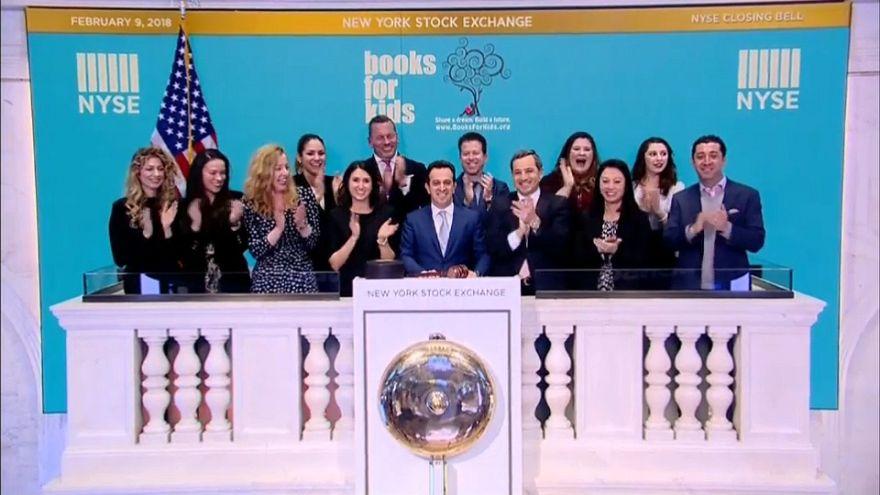 Wall Street firma otra semana con pérdidas