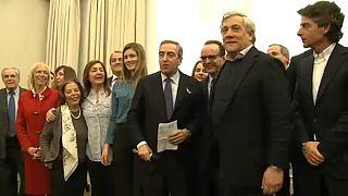 Berlusconi pártja is megkezdte a kampányt