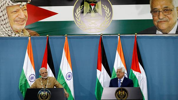 Palestinian President Mahmoud Abbas with Indian premier Modi in Ramallah