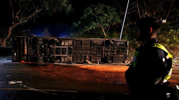 Hong Kong: Dehşet verici kazada 18 kişi hayatını kaybetti
