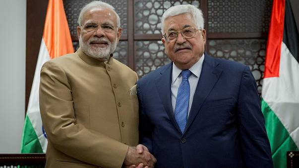 Моди встретился с Аббасом