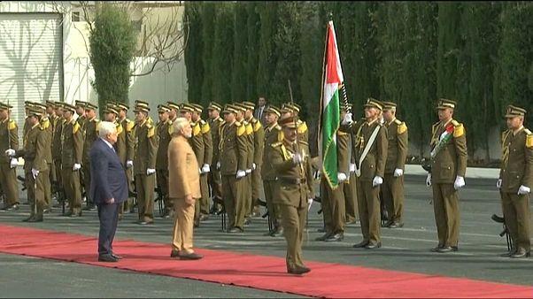 Primeiro-ministro indiano visita territórios palestinianos