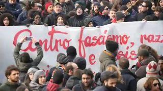 Manifestação contra o racismo em Macerata