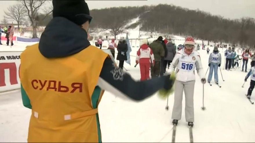 Skier pour soutenir les sportifs russes bannis des J.O.