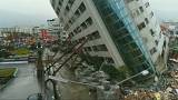Cresce il numero delle vittime del sisma a Taiwan