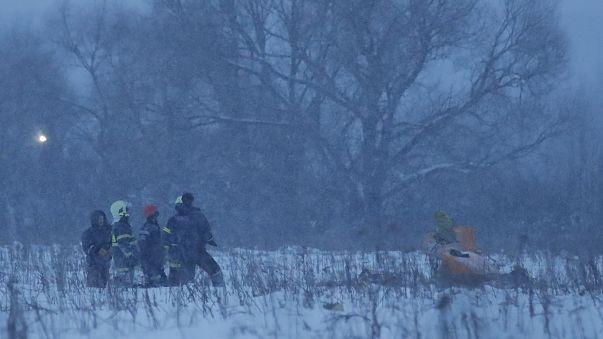 No survivors as Russian passenger plane crashes near Moscow